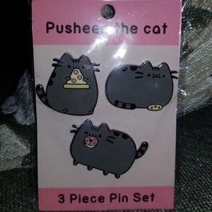 Pusheen the cat pin set